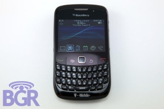 blackberry-8520-3